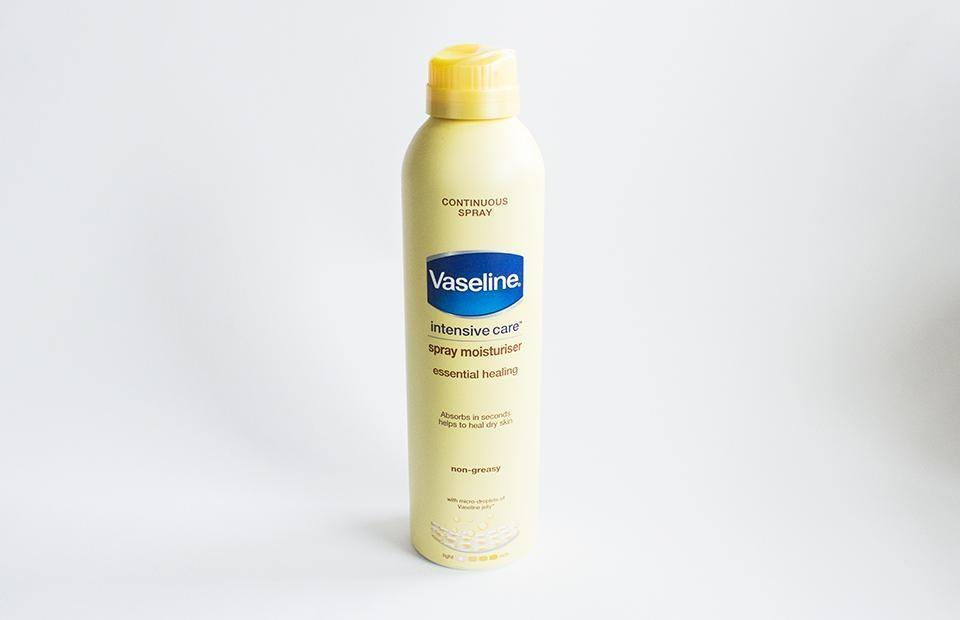 esaf_vaseline_intensive_care_spray_moisturizer_1