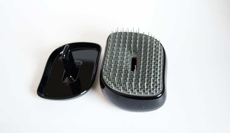 ESAF_TANGLE_TEEZER_MENS_COMPACT_GROOMER_4