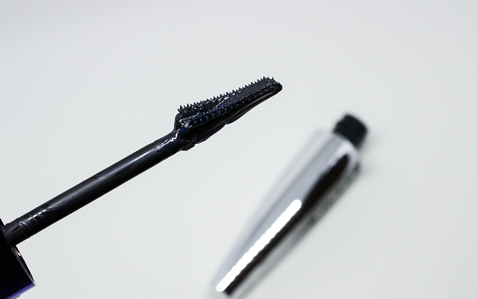 ESAF_LOREAL_FALSE_LASH_WINGS_SCULPT_MASCARA_4
